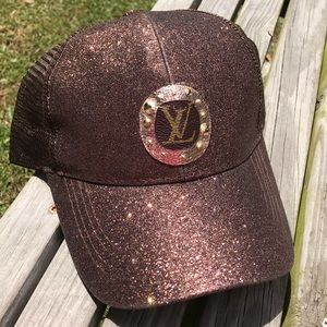 ✨NEW✨Chocolate Glitter Rose Gold Patch Hat!